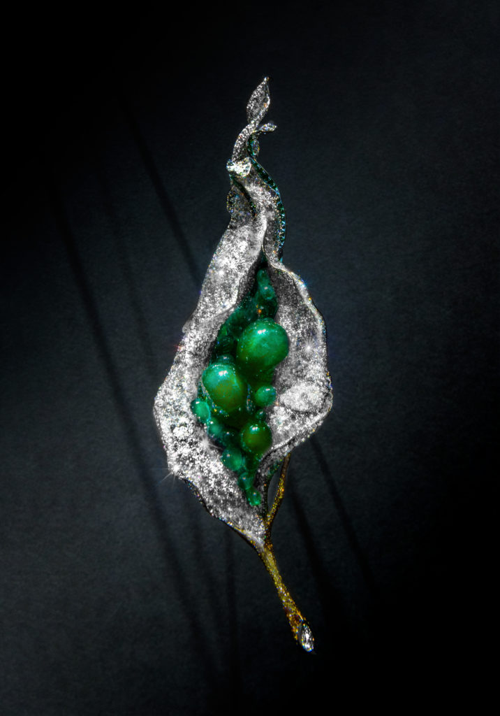 Flower bud brooch