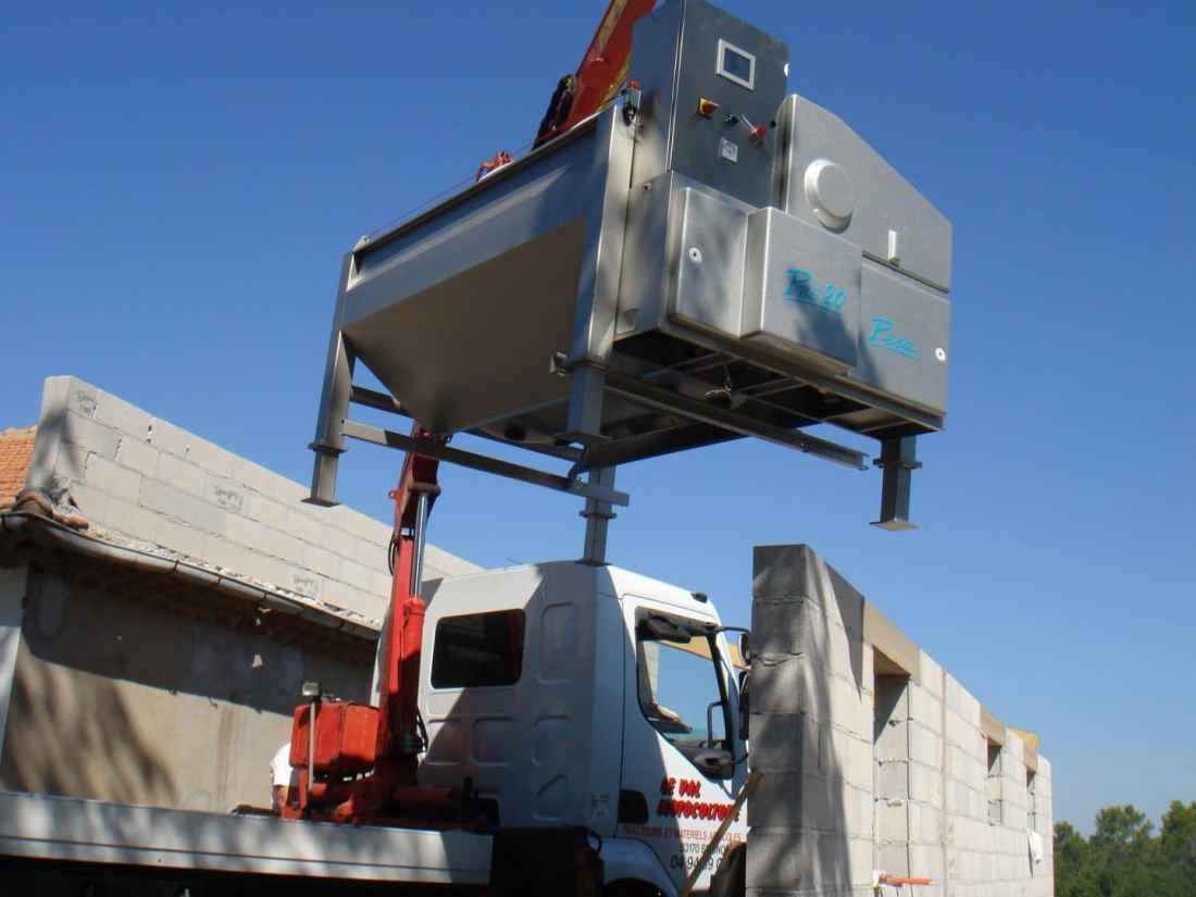 5 - Pressoir camion grue