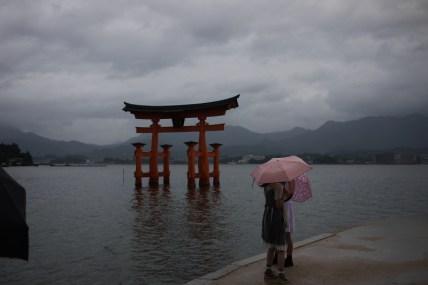 P1190559_torii_parapluie
