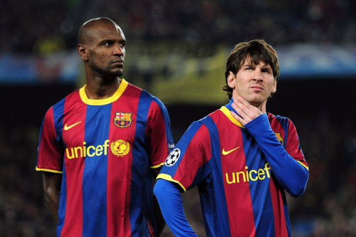 Abidal vs Messi