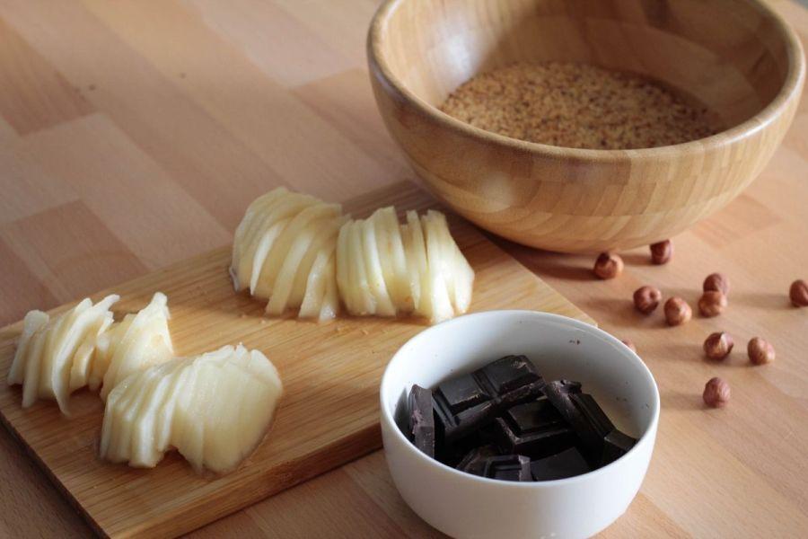 ingredienti sfogliata pere e cioccolato