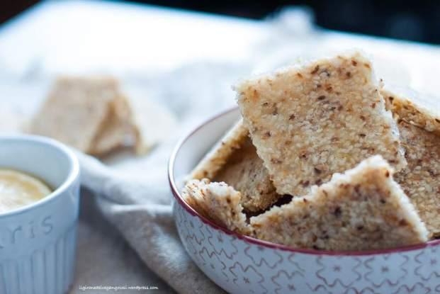 biscotti, colazione, spuntino, pausa caffè, fatto in casa, vegan, gluten free, senza glutine, semi di sesamo, sciroppo d'acero, stevia, naturale, bio, sano, cucinare, ricette, limone, mandorle