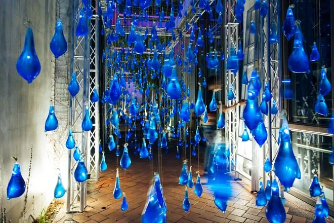 luzinterruptus-rain-interactive-installation-13