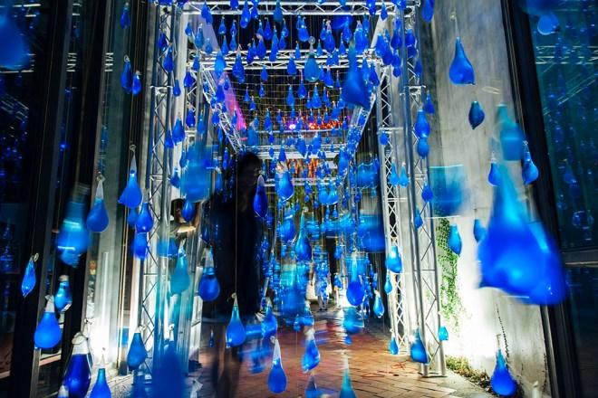 luzinterruptus-rain-interactive-installation-16