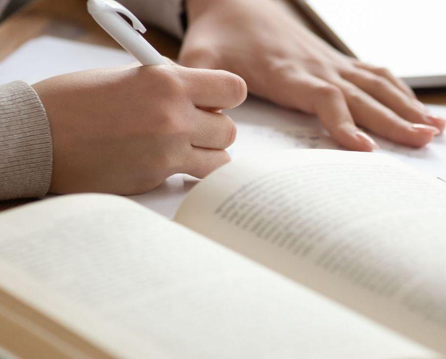 come-scrivere-sinossi