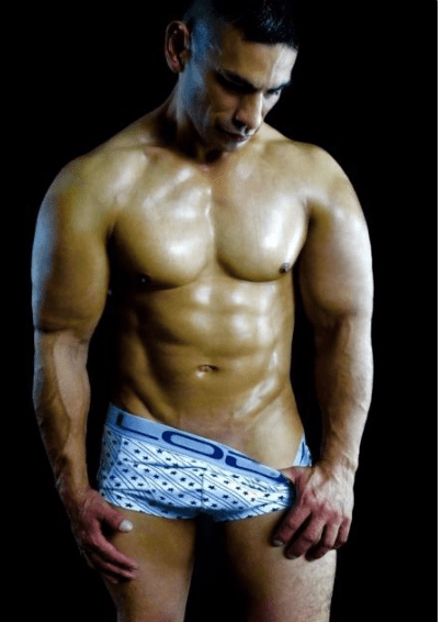 Luka from soy Tuyo for gay escorts in the real south