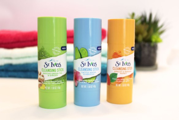 st ives cleansing stick review by iliketotalkblog