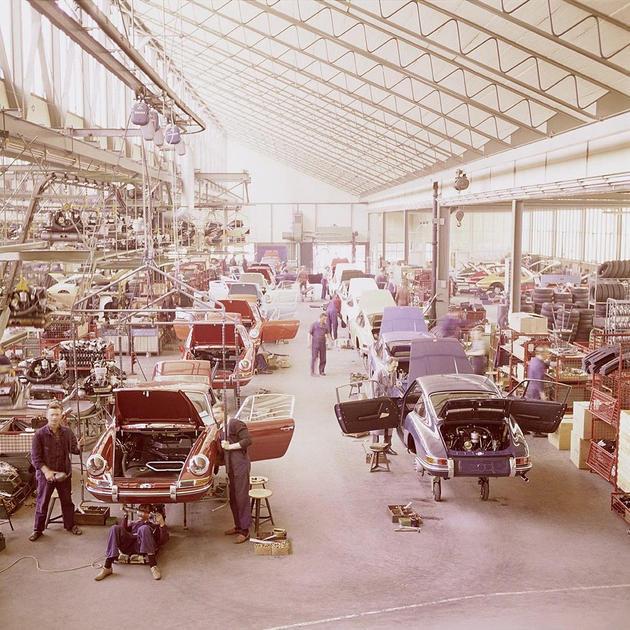 Porsche 911 Factory