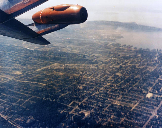 Barrell roll in a boeing 707