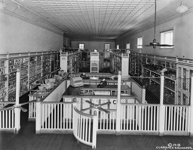 Piggly Wiggly Memphis first Supermarket 1918