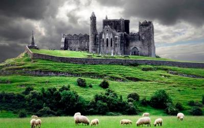 Daily Wallpaper: Rock of Cashel I Like To Waste My Time