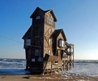 Bizarre Houses [PICTURES]