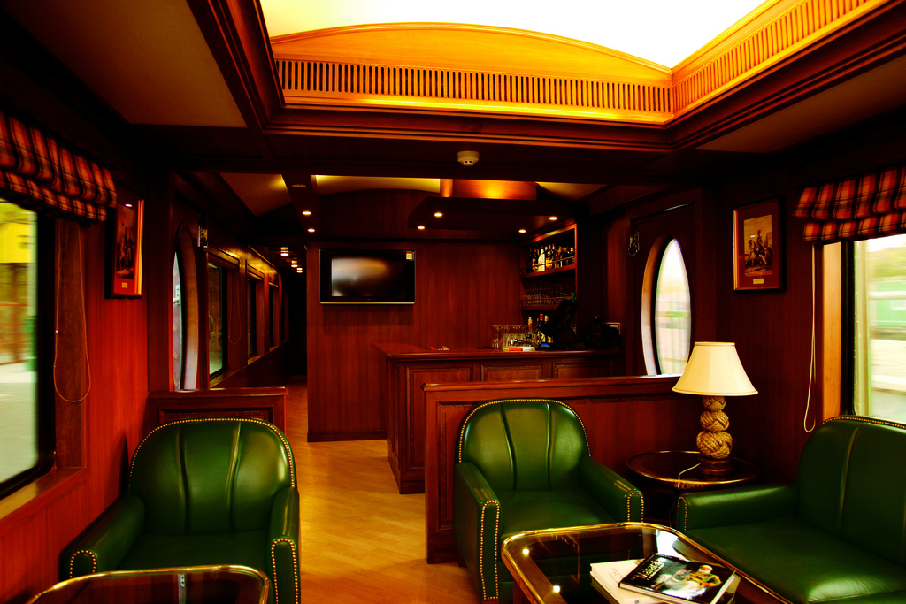 The Luxurious Transport of Asia Maharajas Express 10