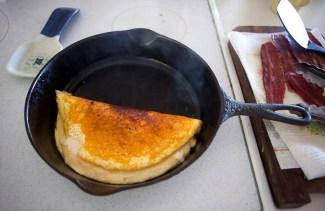 Omelet in pan
