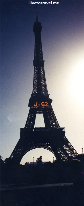 Eiffel Tower in Paris, France 62 days before the year 2000