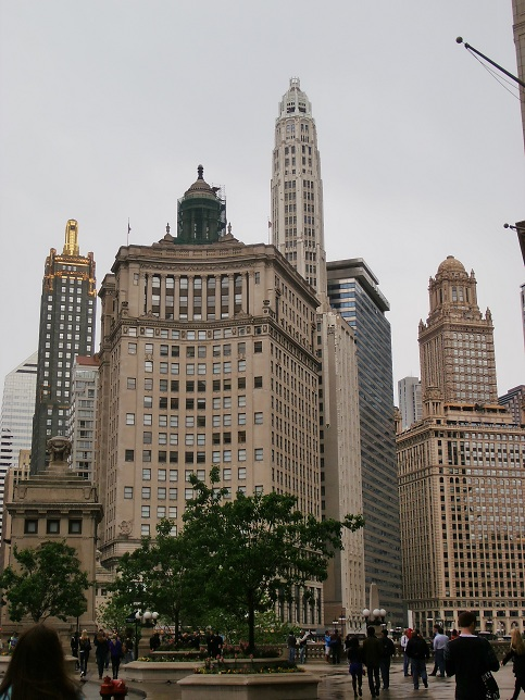 Buildings in Chicago that show it has great architecture