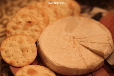 Cheese and crackers always good for a wine tasting