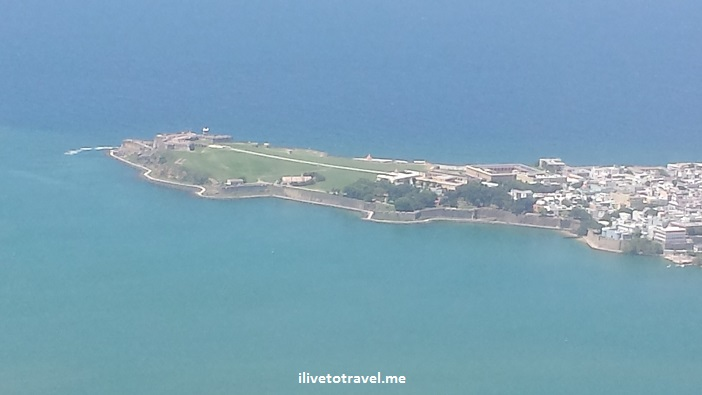 Puerto Rico, airplane, window seat, San Juan, landing, ocean, blue sea ,El Morro, Old San Juan, travel, photo, Samsung Galaxy