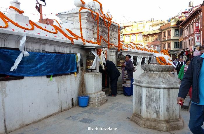 Great Boudha Stupa, stupa, prayer wheel, Buddhist, Buddhism, Kathmandu, Nepal, Samsung Galaxy, travel, tourism, marigold