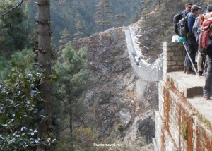 Hiking in Nepal: On the Way to Namche Bazaar! (Day 2)