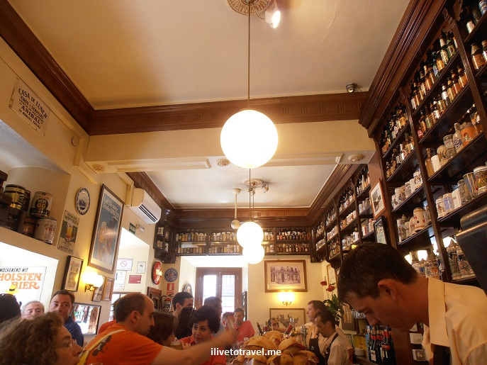 Taberna de la Dolores, Madrid, Spain, España, tapas bar, food, foodie, Olympus, travel