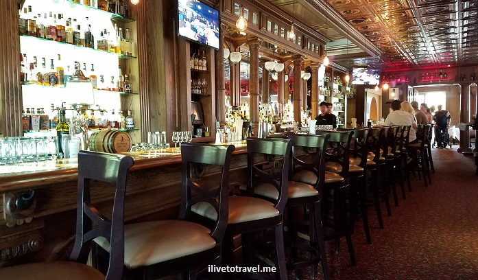 Stanley Hotel, Estes Park, Colorado, lodging, architecture, photo, Samsung Galaxy S7, Cascade, bar