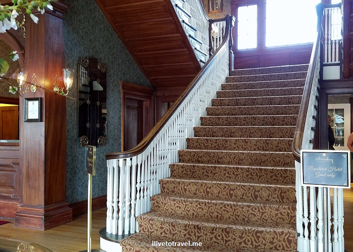 Stanley Hotel, Estes Park, Colorado, Rocky Mountain National Park, architecture, photo, Dumb and Dumber