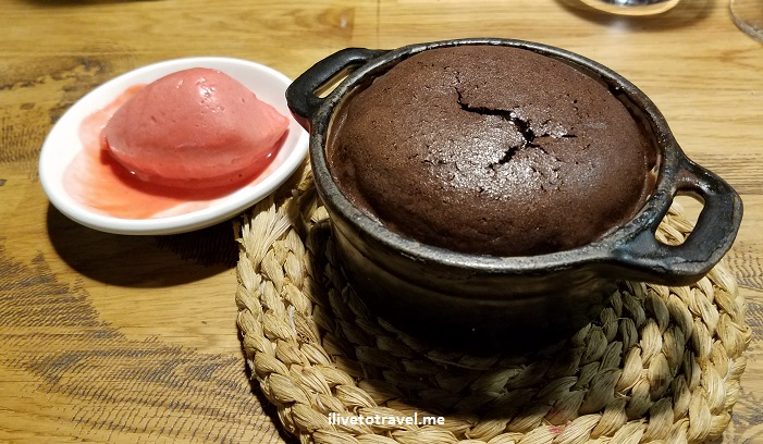 postre, dessert,chocolate, souffle, Bodegon Alejandro, San Sebastian, Michelin, Donostia, food, foodie, travel, turismo, photo