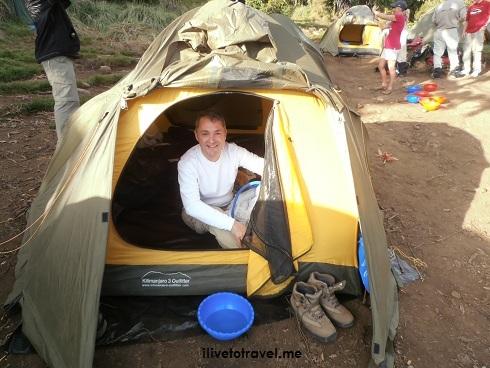 trekking, mochilero, Kilimanjaro, senderismo, hiking, tanzania, africa, aventure