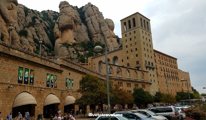 Montserrat, Montserrate, Spain, Cataluña, Catalan, catholic, black virgin, mountain, travel