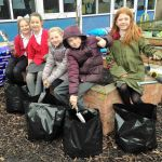 Chaucer Junior School children are growing their own potatoes in their school ga…
