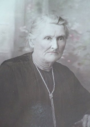 Rachel Rebecca Bradley - claimed to be a photograph