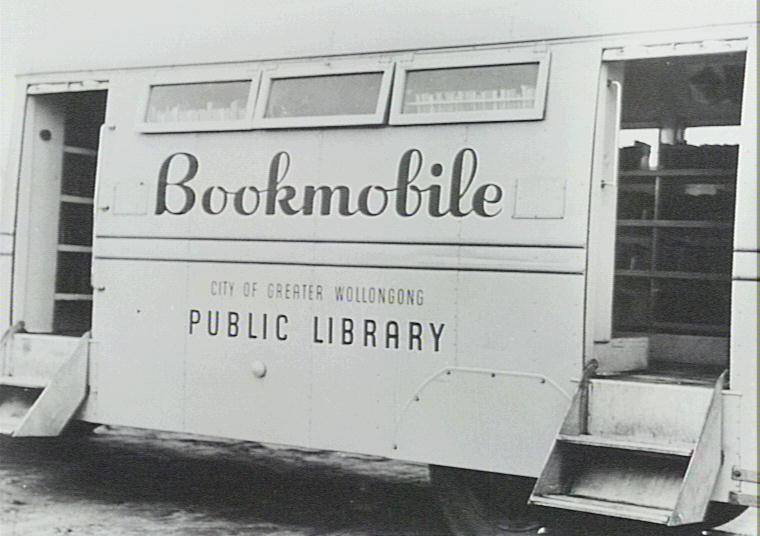 P12192 - Wollongong Bookmobile Library