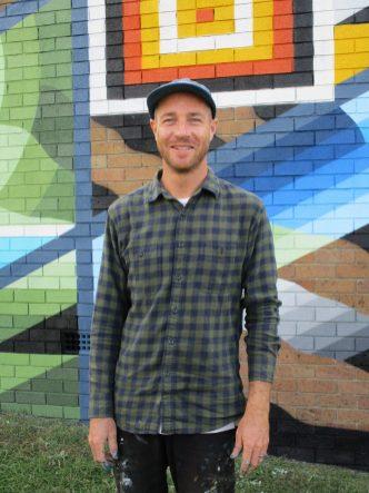 Muralist Brad Eastman - Coledale Communtiy Centre Mural 2021
