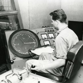 1967 - Operator in rolling mill - P06660
