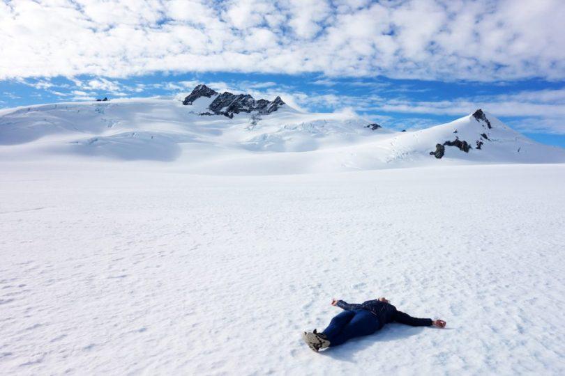 sorvolare un ghiacciaio in elicottero