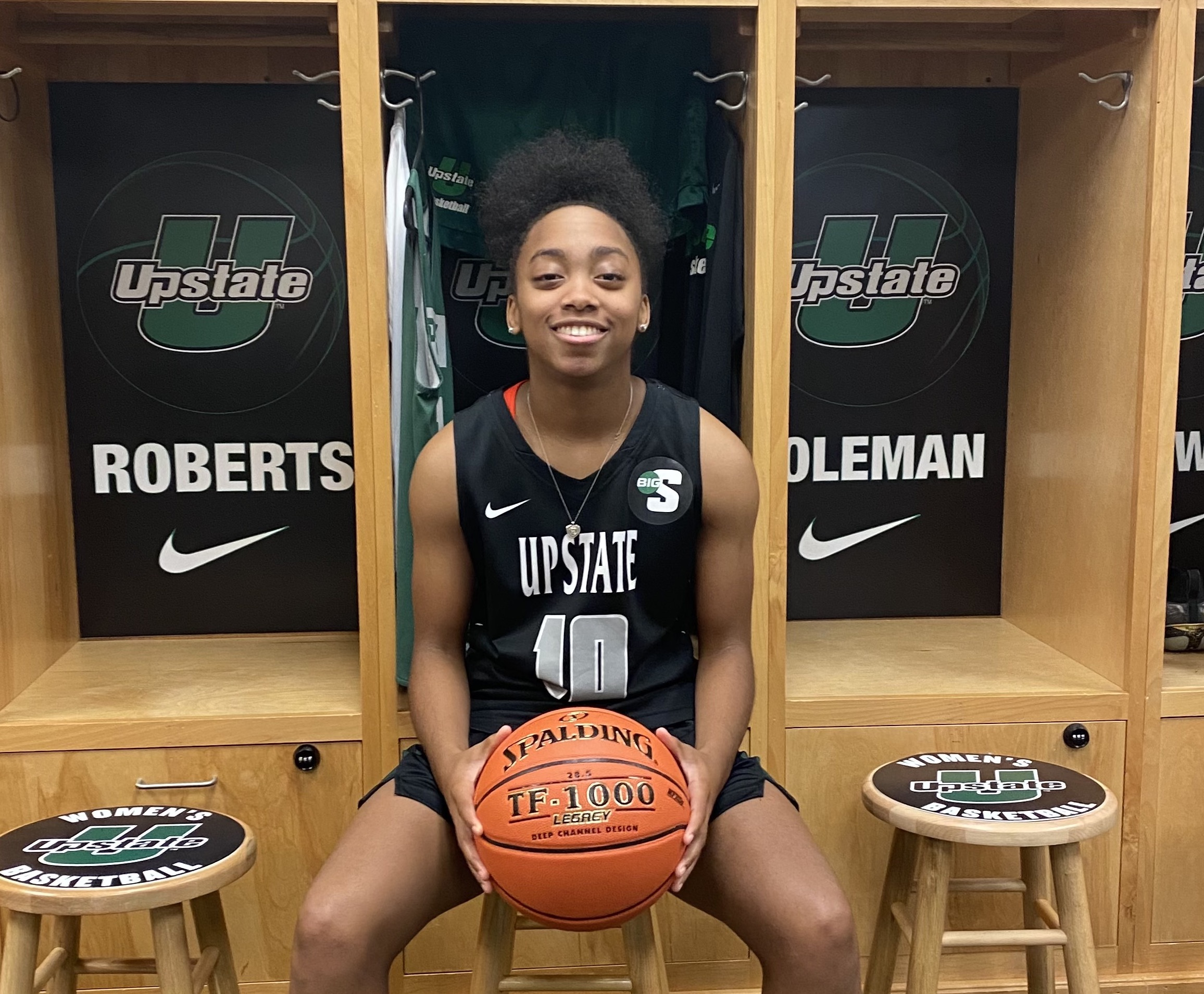 Example Academy 2022 Guard Nyla Walker Commits to D-I USC Upstate