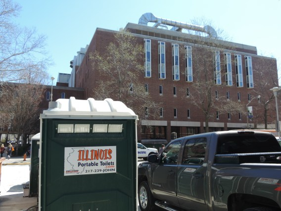 Illinois Portable Toilets Helps Reduce Your Job-Site Labor Expenses!