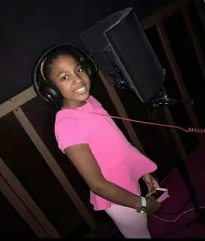 Shina Peller's 11 Yr Old daughter hits music studio