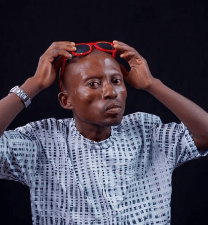 Nigerian man Dede Nne in trending 'spell Buhari' video gets help from well-meaning Nigerians
