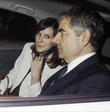 """Rowan Atkinson """"Mr Bean"""" to take a year off work to look after his young daughter"""