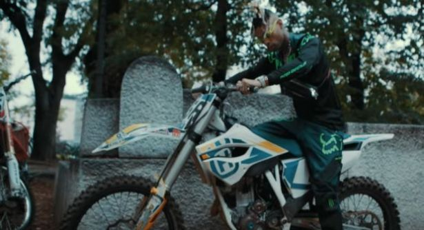VIDEO: Ronny J – Gucci Lips   mp4 Download