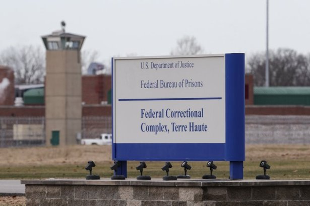 U.S. Supreme Court clears way for first federal execution in 17 Years to proceed