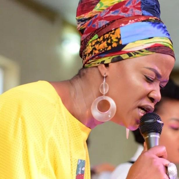 DOWNLOAD Sola Allyson – Oniduro Mi Ese O MP3