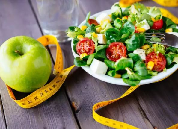 3 vs. 6 meals a daily: What is better for weight loss?