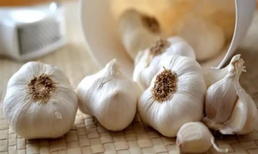 6 lesser-known uses of garlic