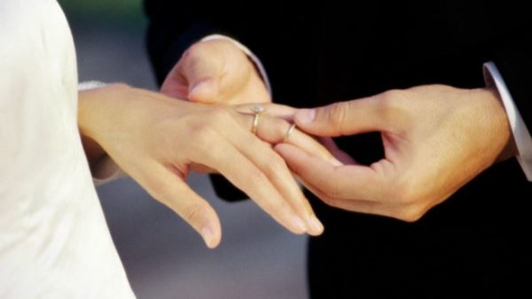Do women really have to change their surname after marriage?