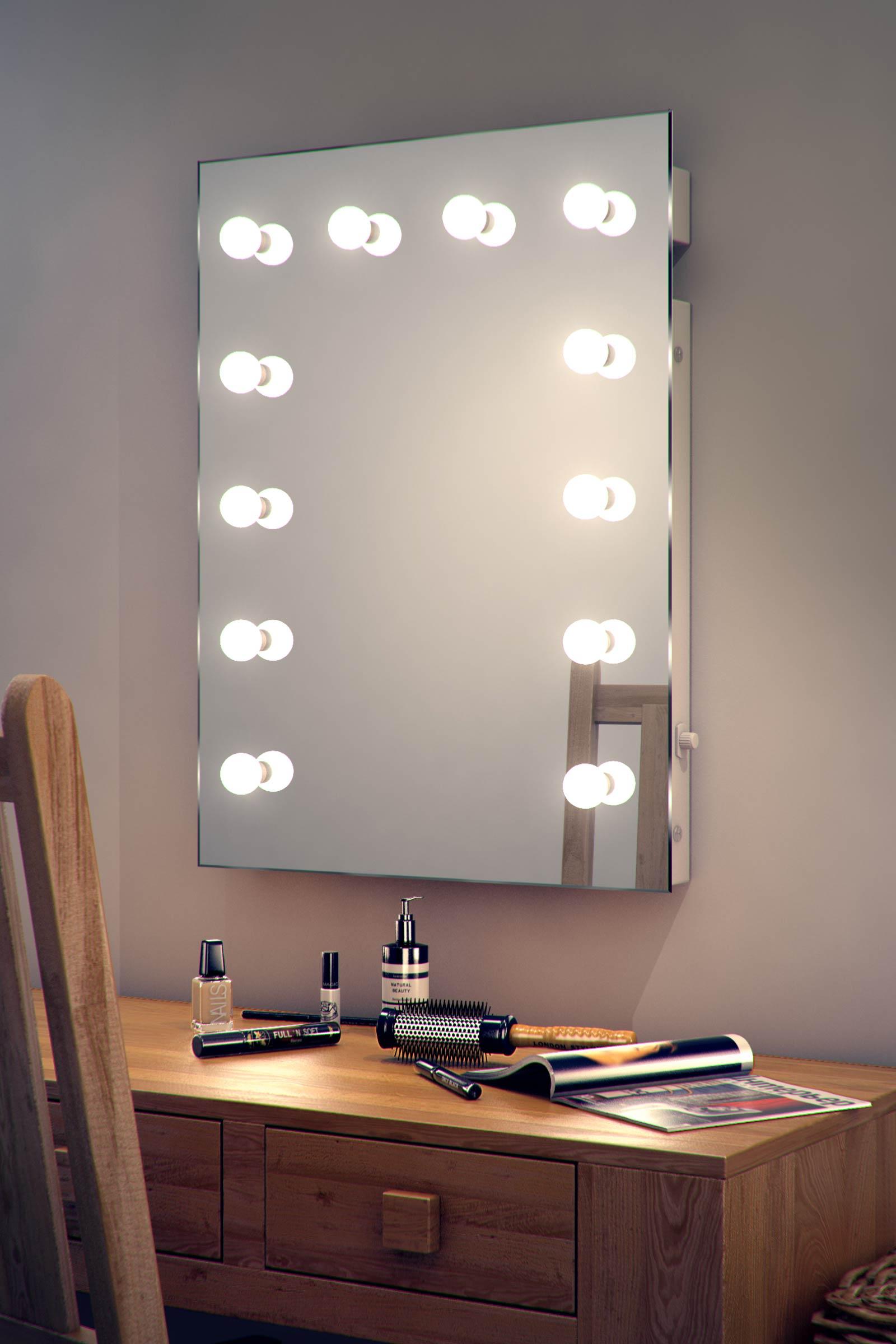 Specchi Con Luci Per Trucco.Specchio Per Trucco Con Luci