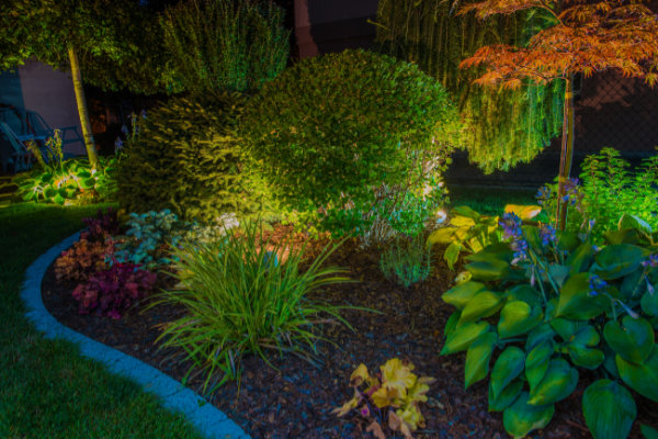 iStock 838343904 600x - 8 Reasons to Consider Outdoor Lighting