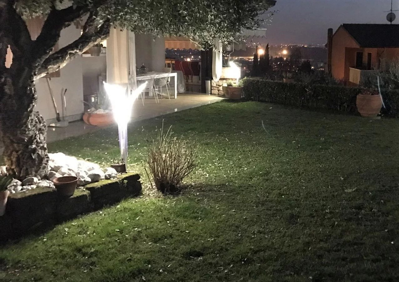 Illuminare il giardino con i faretti da esterno a led